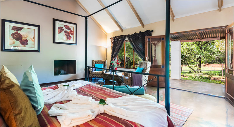 Batis Country Suite at the Feathered Nest