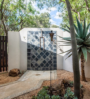 Themed outdoor shower uner the stars